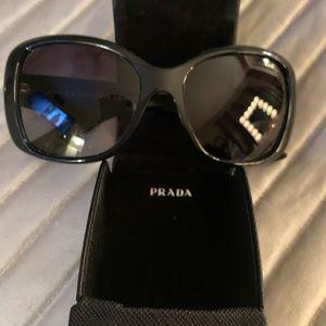 PRADA authentic Sunglasses 😎